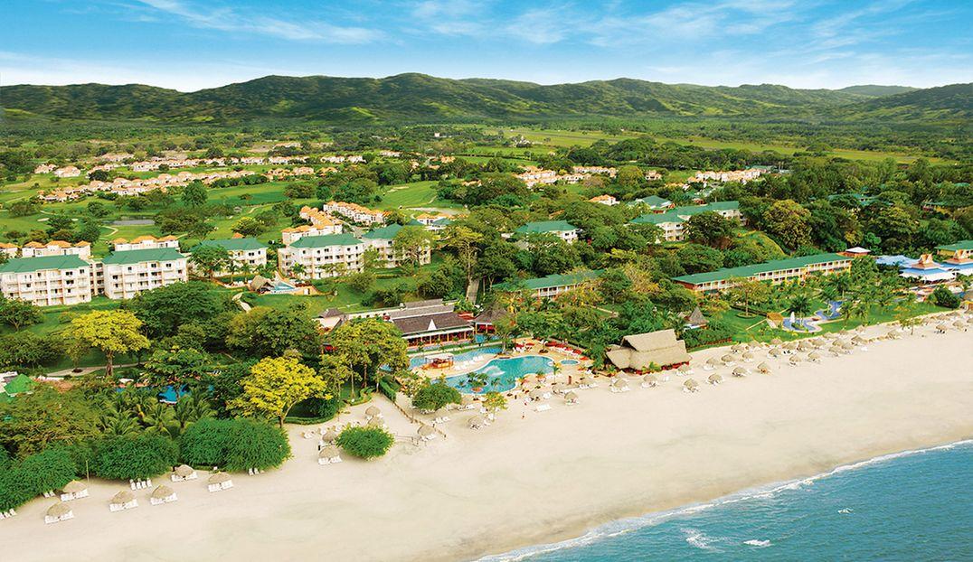 Royal Decameron Golf, Beach Resort & Villas